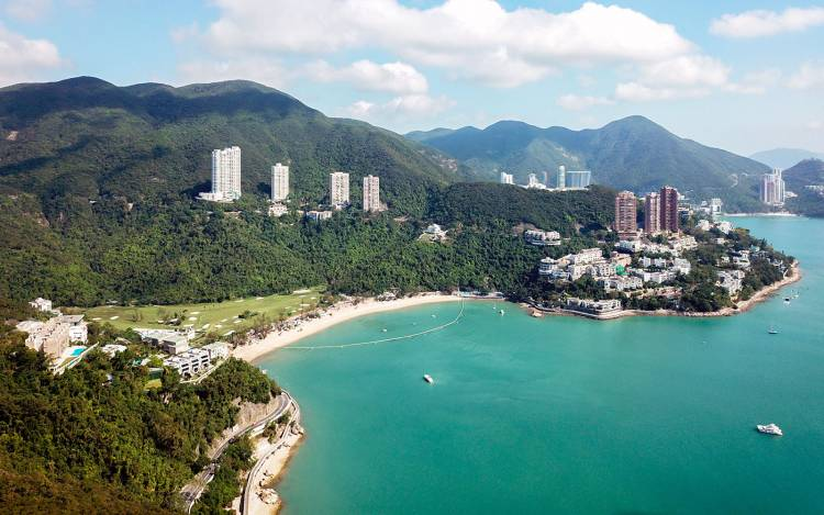 Deep Water Bay Beach - Hong Kong