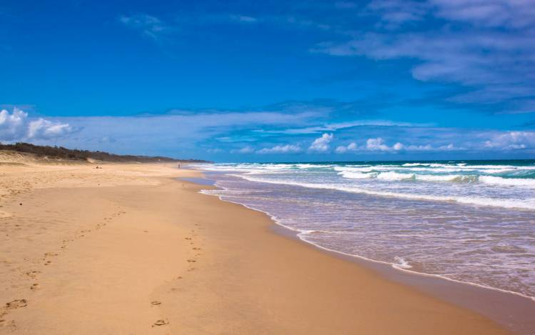 best beaches in queensland (page 2 out of 2) // australia