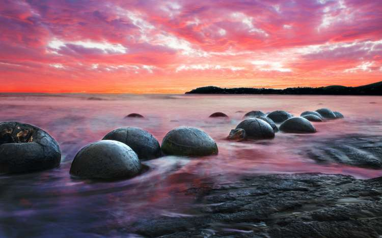 Moeraki beach boulders, New Zealand