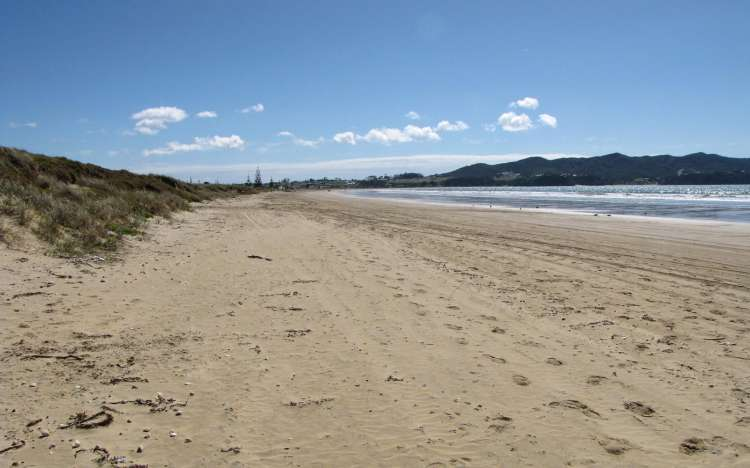 Tokerau Beach - New Zealand